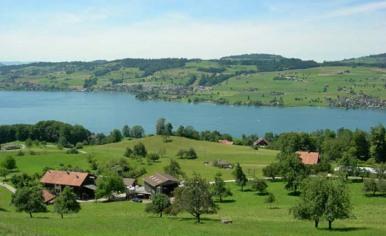 Hof Oberfeld und Kleinhaus 1